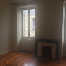 Location Appartement BORDEAUX St Michel