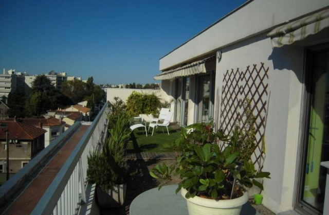 Location appartement bordeaux saint augustin lalanne for Location appartement bordeaux agence